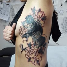 Large cover up by Ren