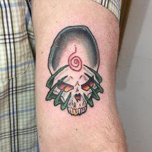 alien skull tattoo by Teemu Kilz