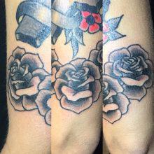 Teemu roses tattoo